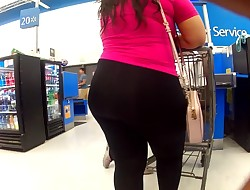 Thick Mexican Teen In Leggings.mp4